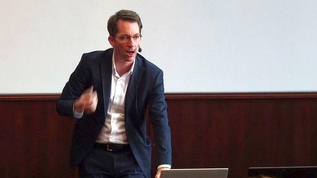 Prof. Dr. Rothkopf, TU Darmstadt